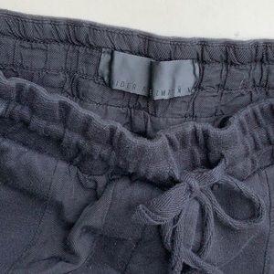 Hailer  Ackerman lounge pants.